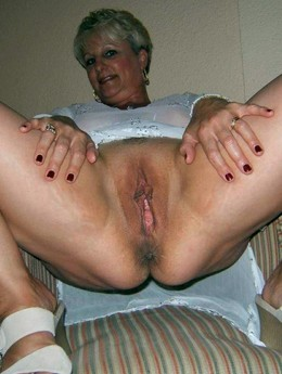 Lush mature women with big asses..