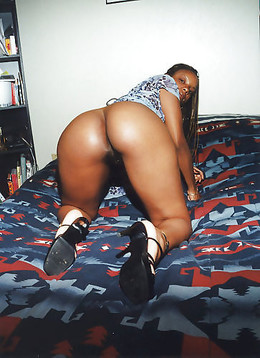 Brown skinned ebony babes in hot porn..
