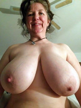 Hidden nude pictures with huge tits..