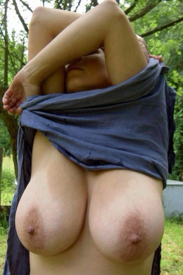 Collection of amateur girl with huge..
