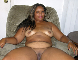 Big ass ebony women photographed nude..