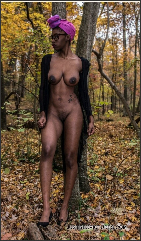 tall naked black girls pics