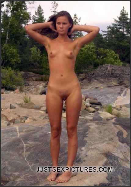 wet latina naked girl
